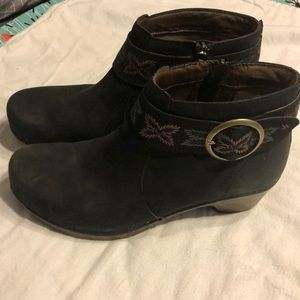 Dansko Leather Booties Sz 39